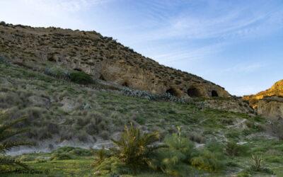 Rocca di Neto KR – Le grotte rupestri
