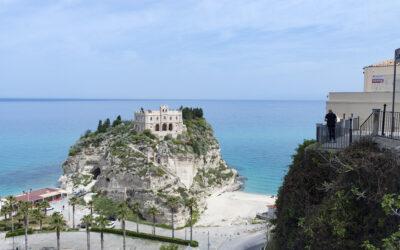 Tropea – Santuario di Santa Maria dell'Isola.
